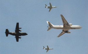 異なった機種同士での編隊飛行